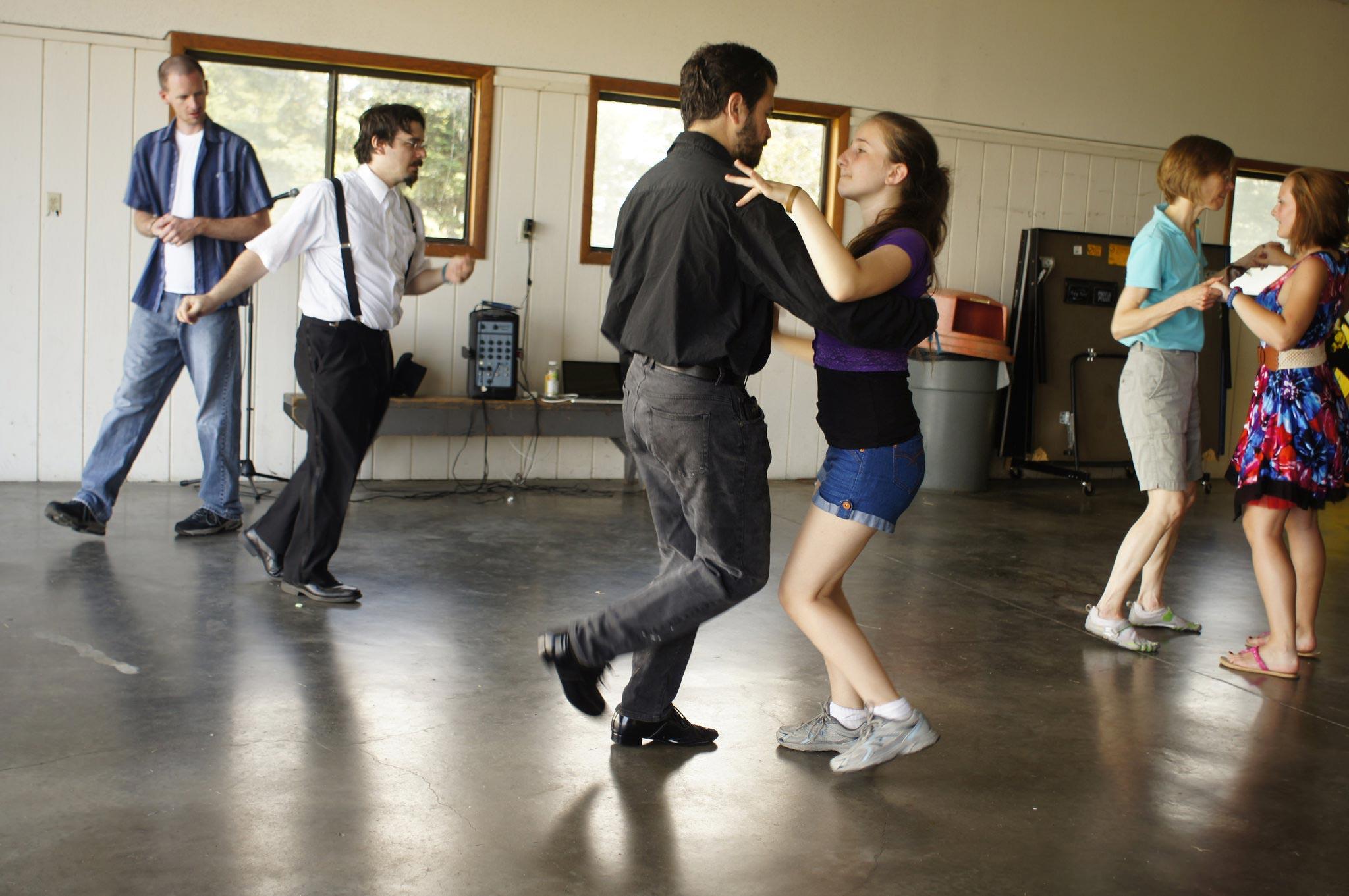 PorcFest dance